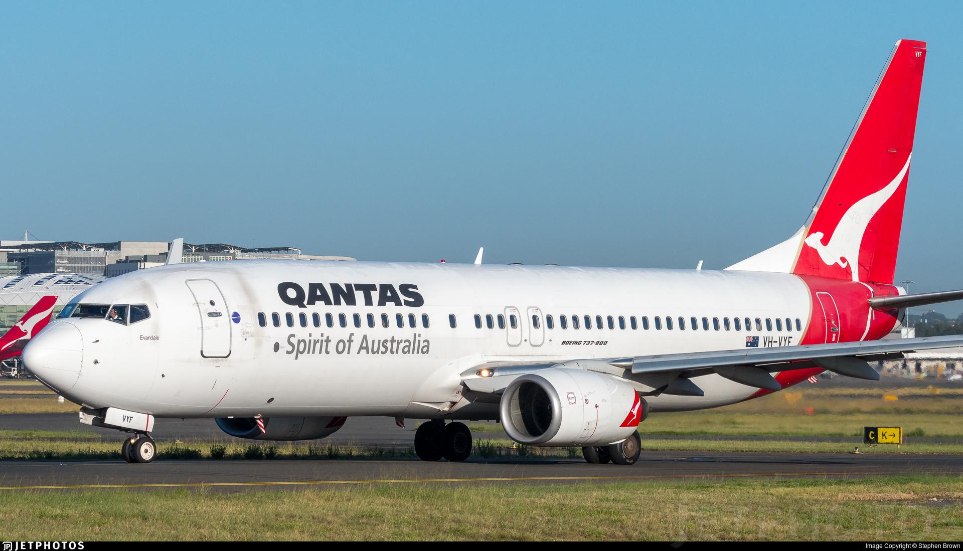 VH-VYF - Boeing 737-838 - Qantas