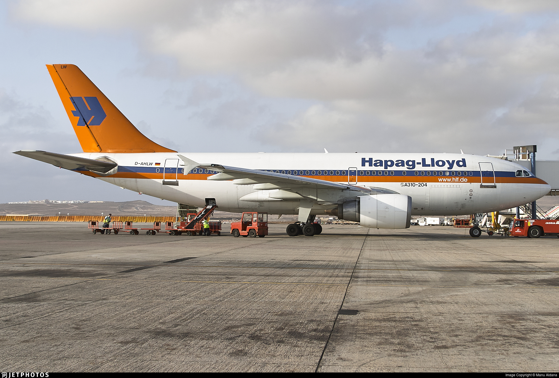 D-AHLW - Airbus A310-204 - Hapag-Lloyd