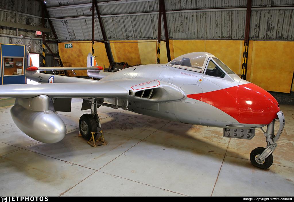 229 - De Havilland Vampire FB.9 - South Africa - Air Force