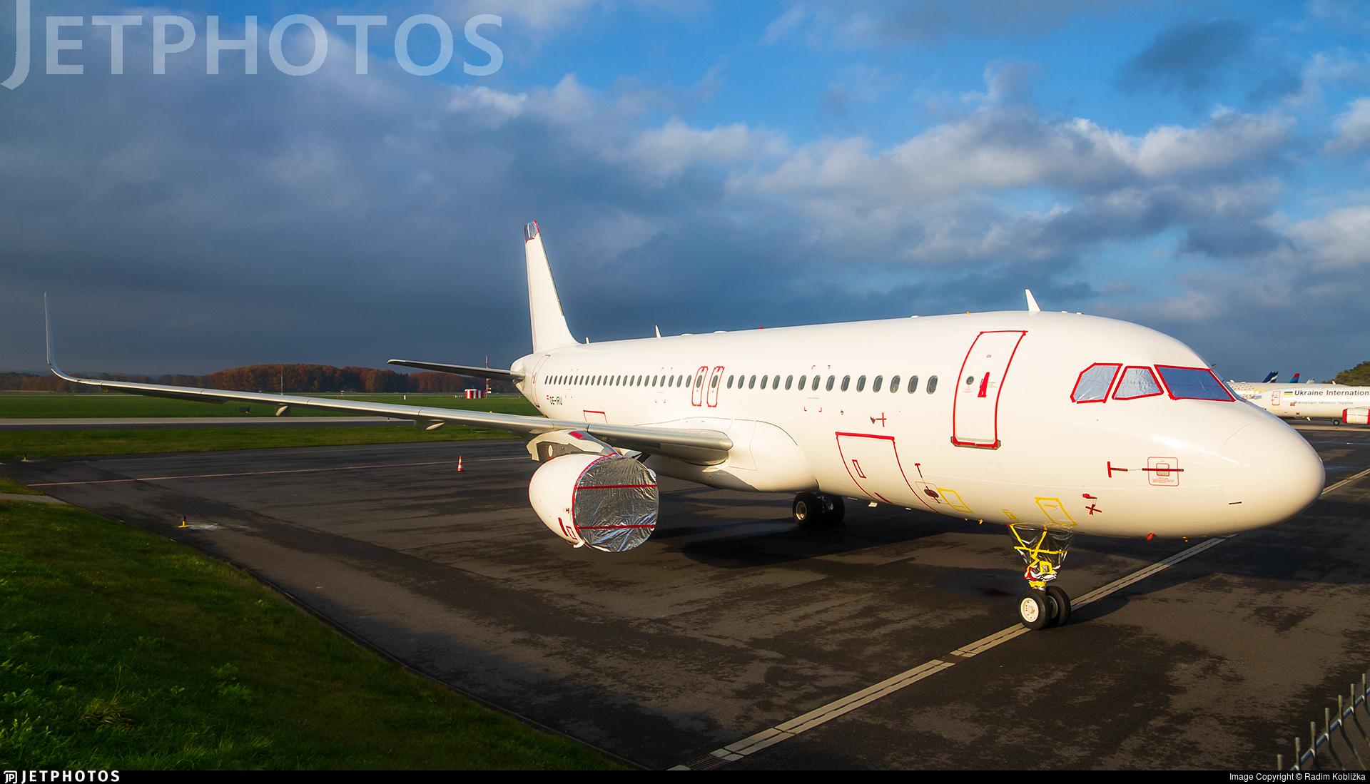 OE-IRU - Airbus A320-232 - Untitled