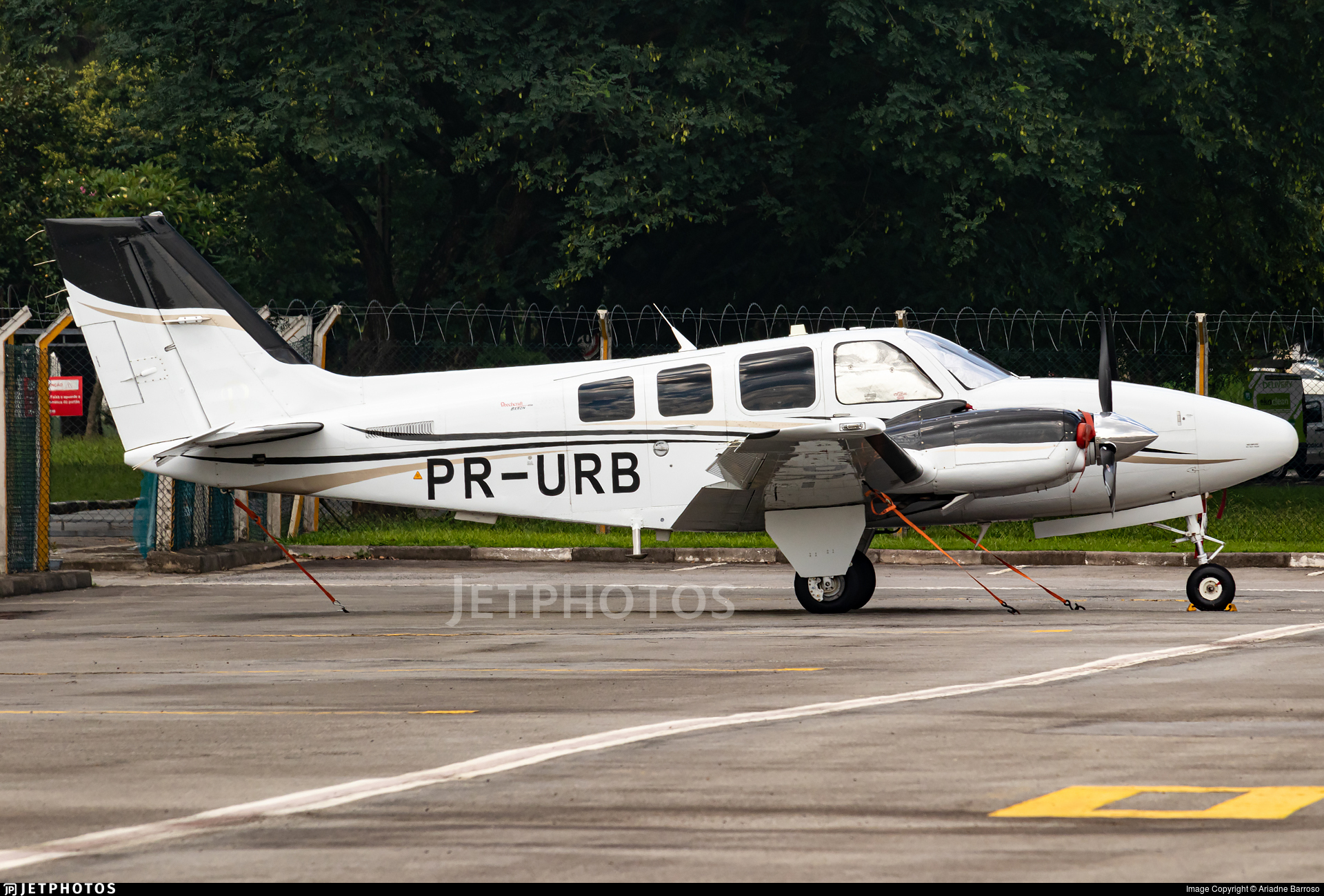PR-URB - Beechcraft G58 Baron - Private