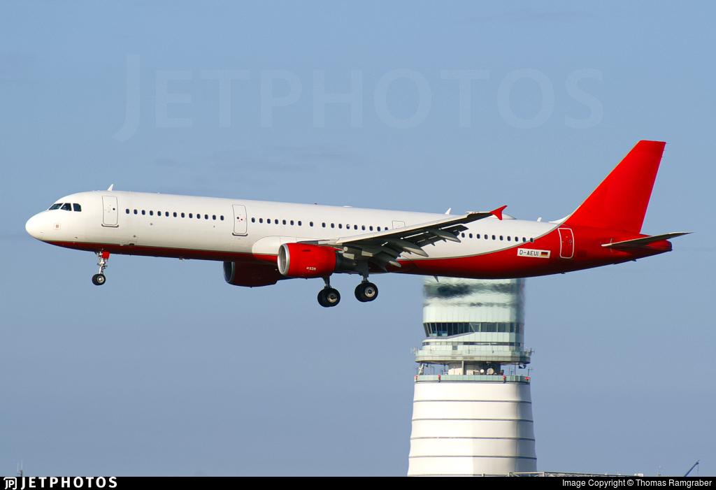 D-AEUI - Airbus A321-211 - Eurowings