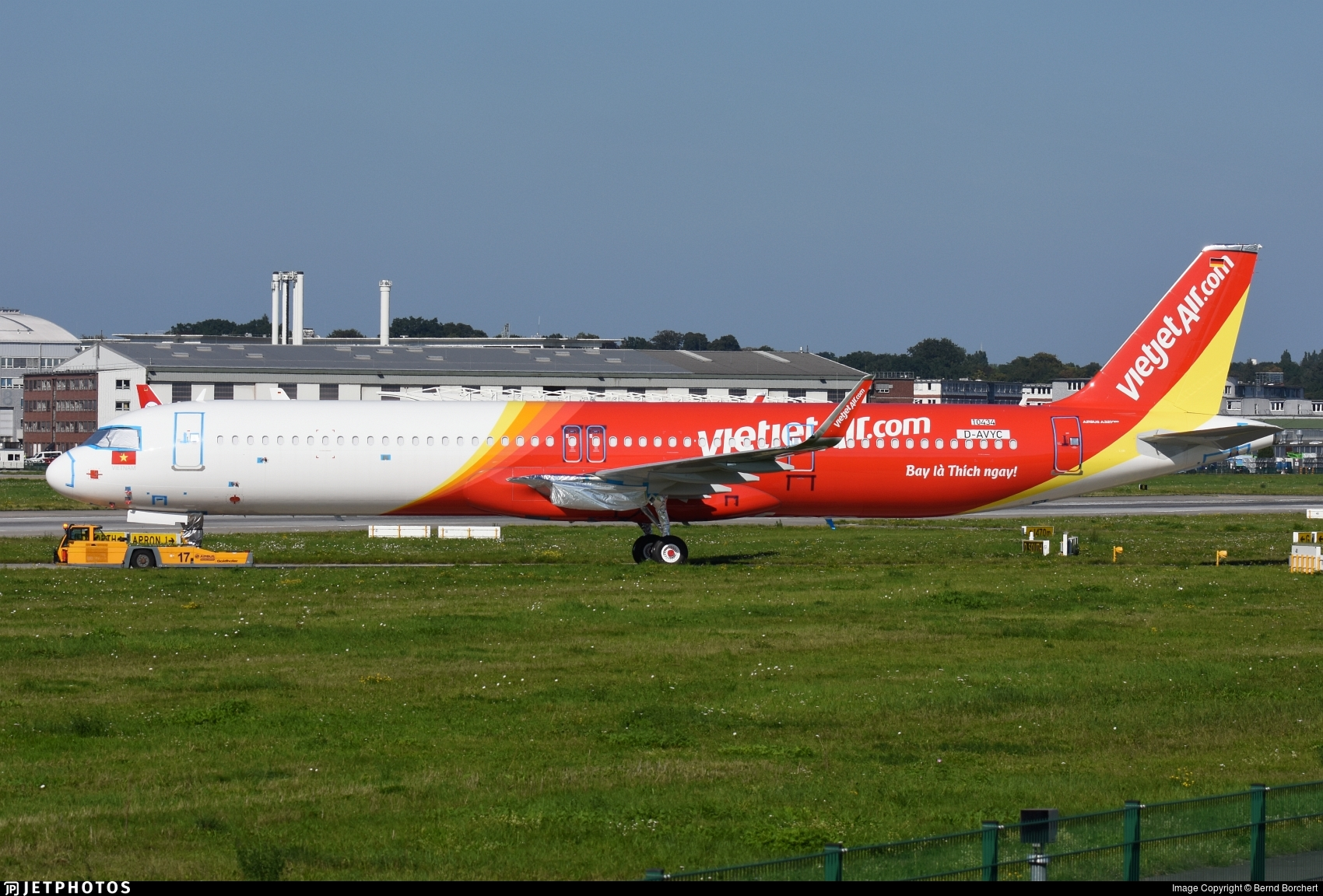 D-AVYC - Airbus A321-271NX - VietJet Air
