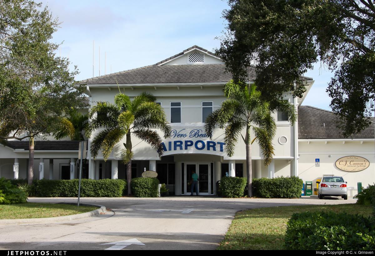 KVRB - Airport - Terminal