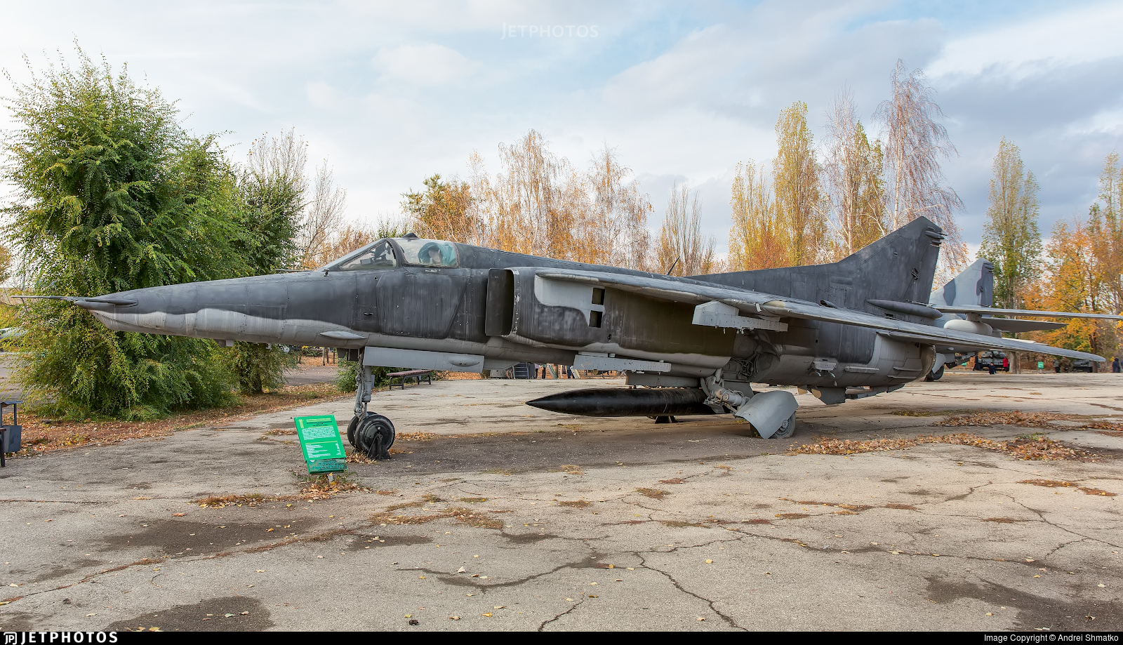 28 - Mikoyan-Gurevich MiG-27M Flogger-J - Russia - Air Force