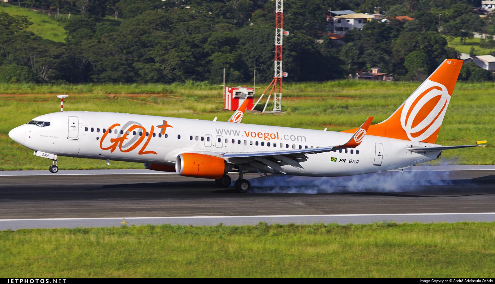 PR-GXA - Boeing 737-8EH - GOL Linhas Aéreas