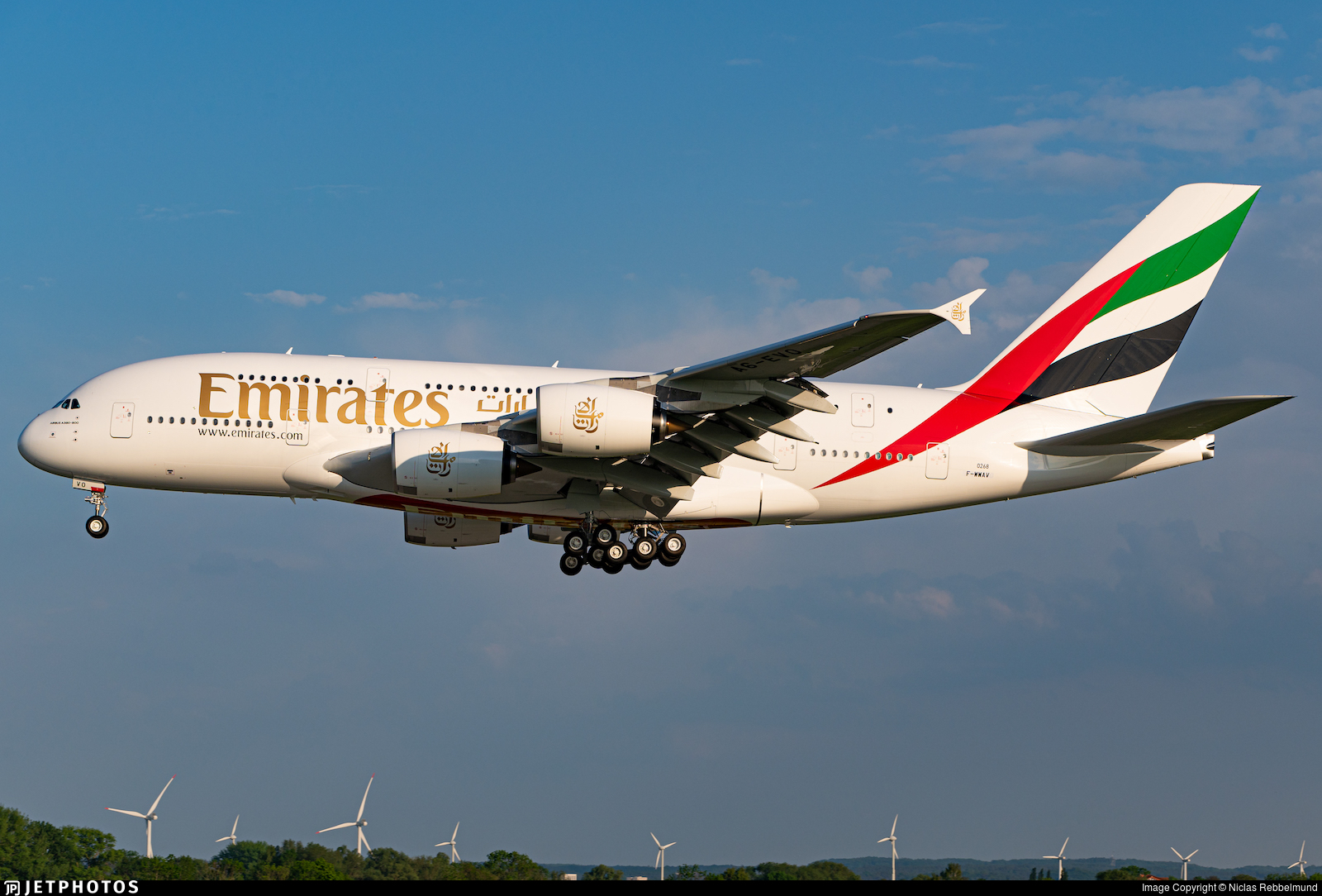 F-WWAV - Airbus A380-842 - Emirates
