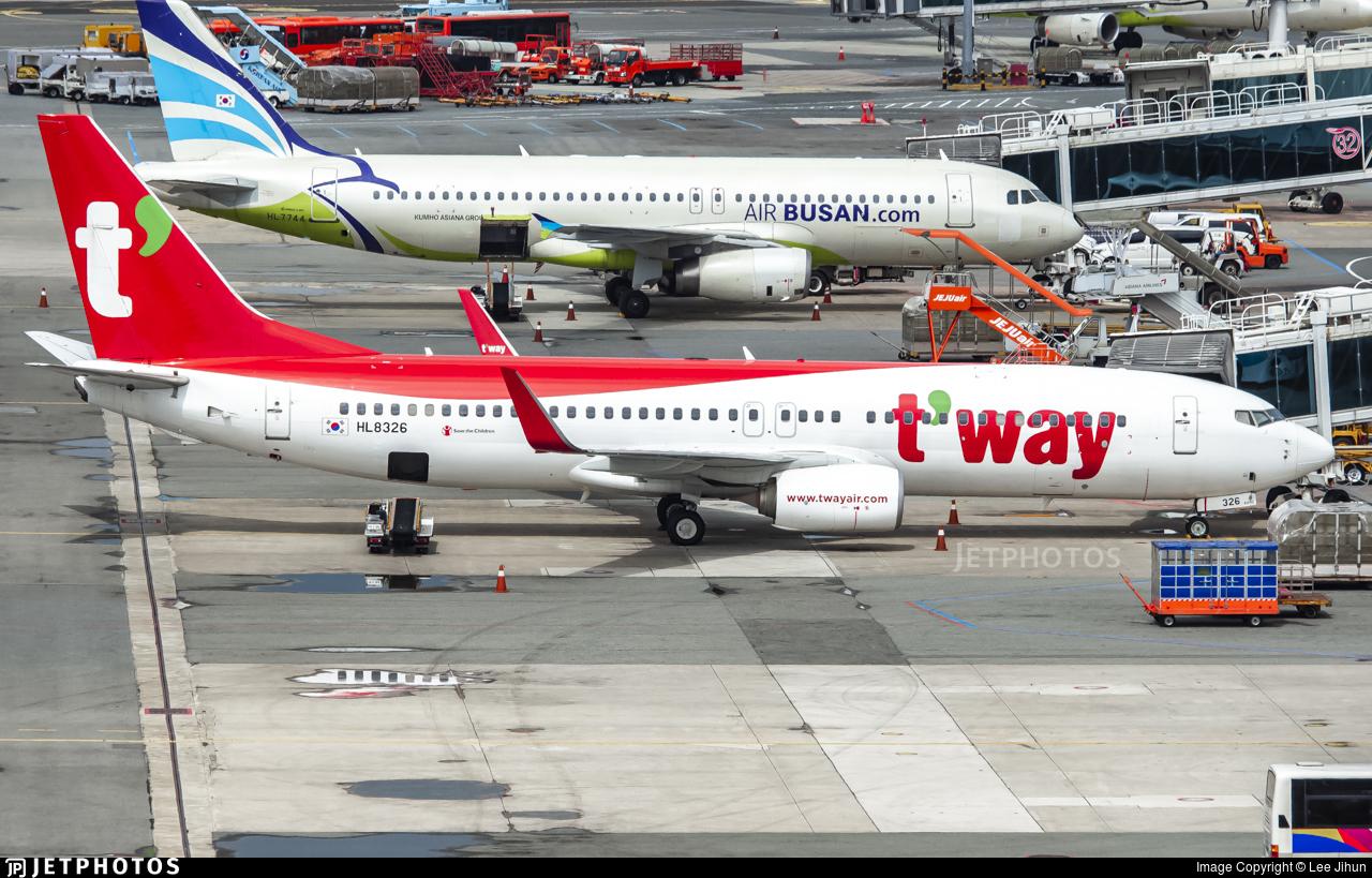 HL8326 - Boeing 737-8AS - T'Way Air