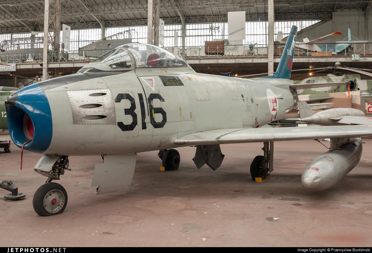 5316 - North American F-86F Sabre - Portugal - Air Force