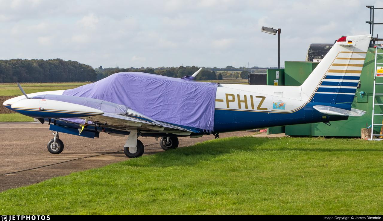 G-PHIZ - Piper PA-30-160 Twin Comanche C - Private