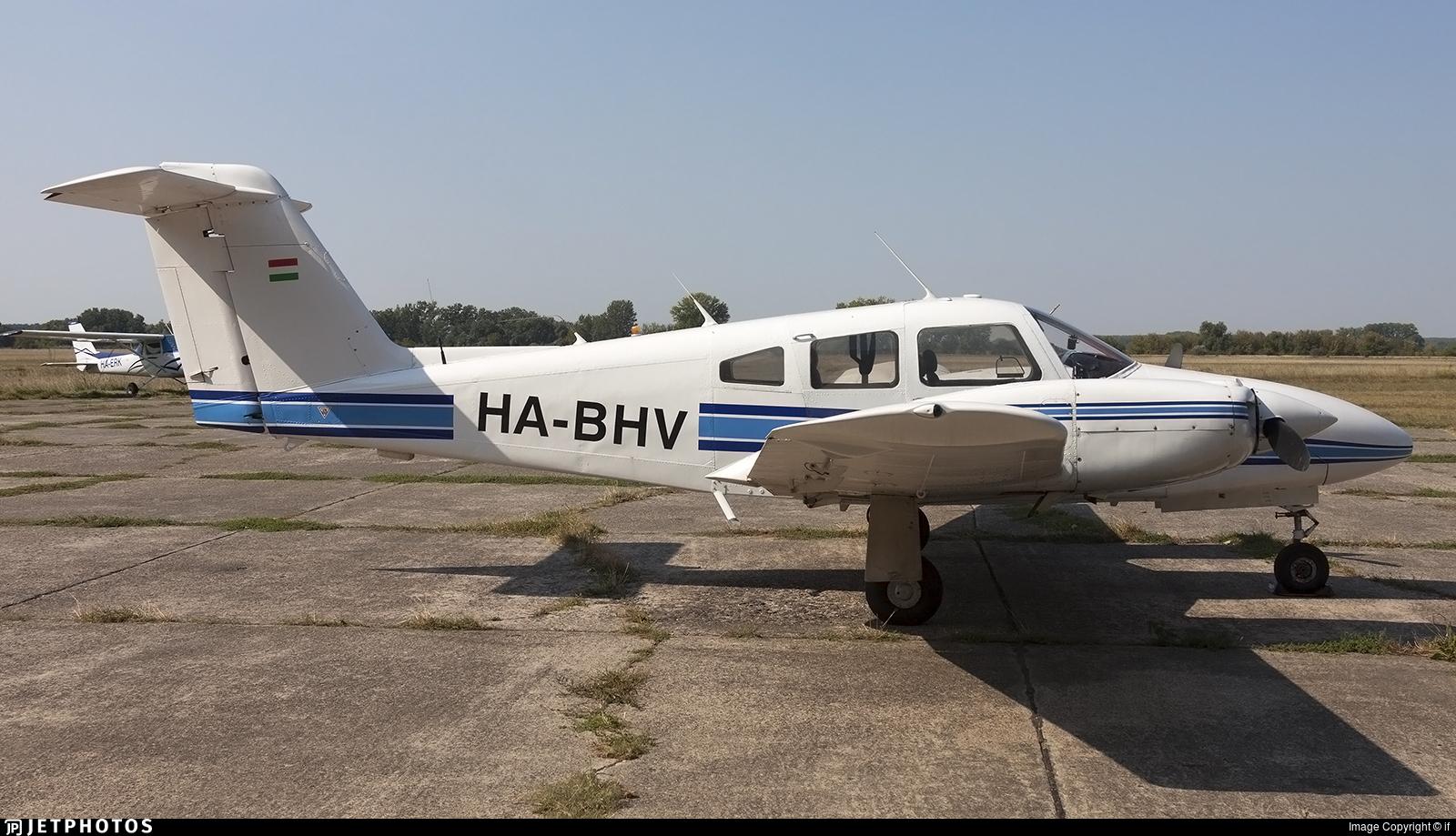 HA-BHV - Piper PA-44-180T Turbo Seminole - Private