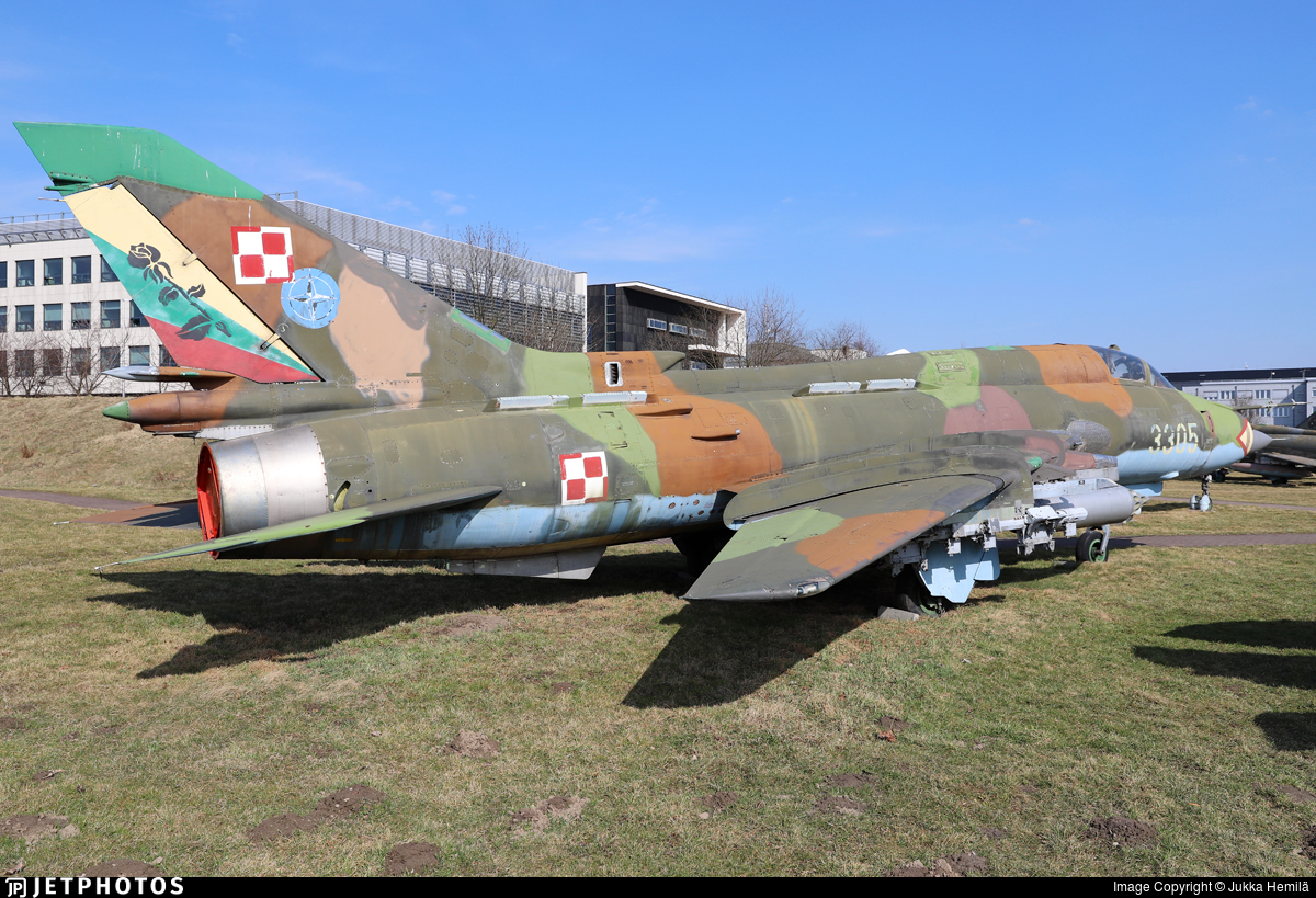 3305 - Sukhoi Su-22M4 Fitter K - Poland - Air Force