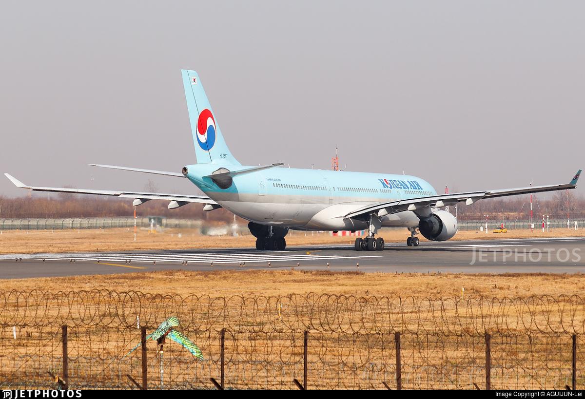 HL7587 - Airbus A330-323 - Korean Air