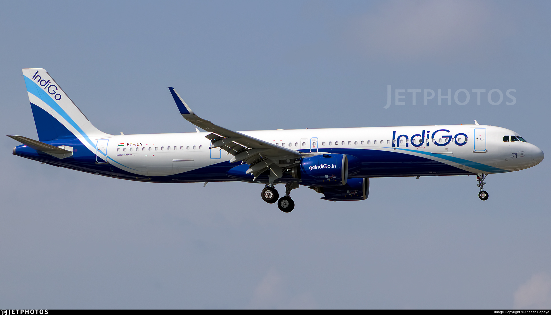 VT-IUN - Airbus A321-271NX - IndiGo Airlines