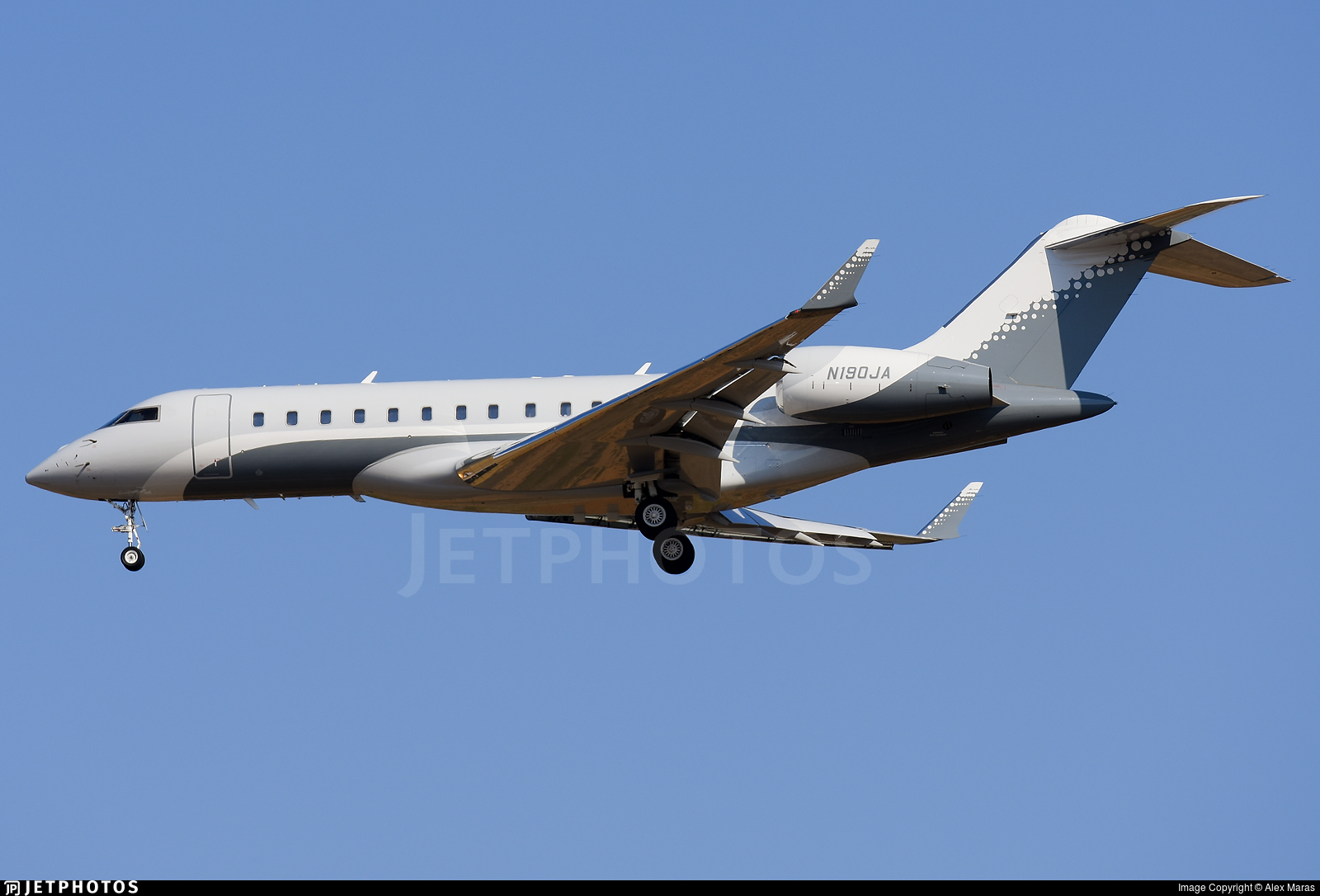 N190JA - Bombardier BD-700-1A10 Global Express XRS - Private