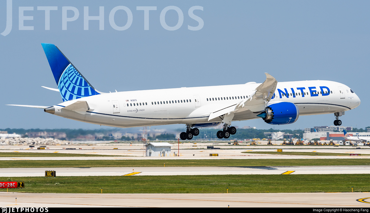 N13013 - Boeing 787-10 Dreamliner - United Airlines