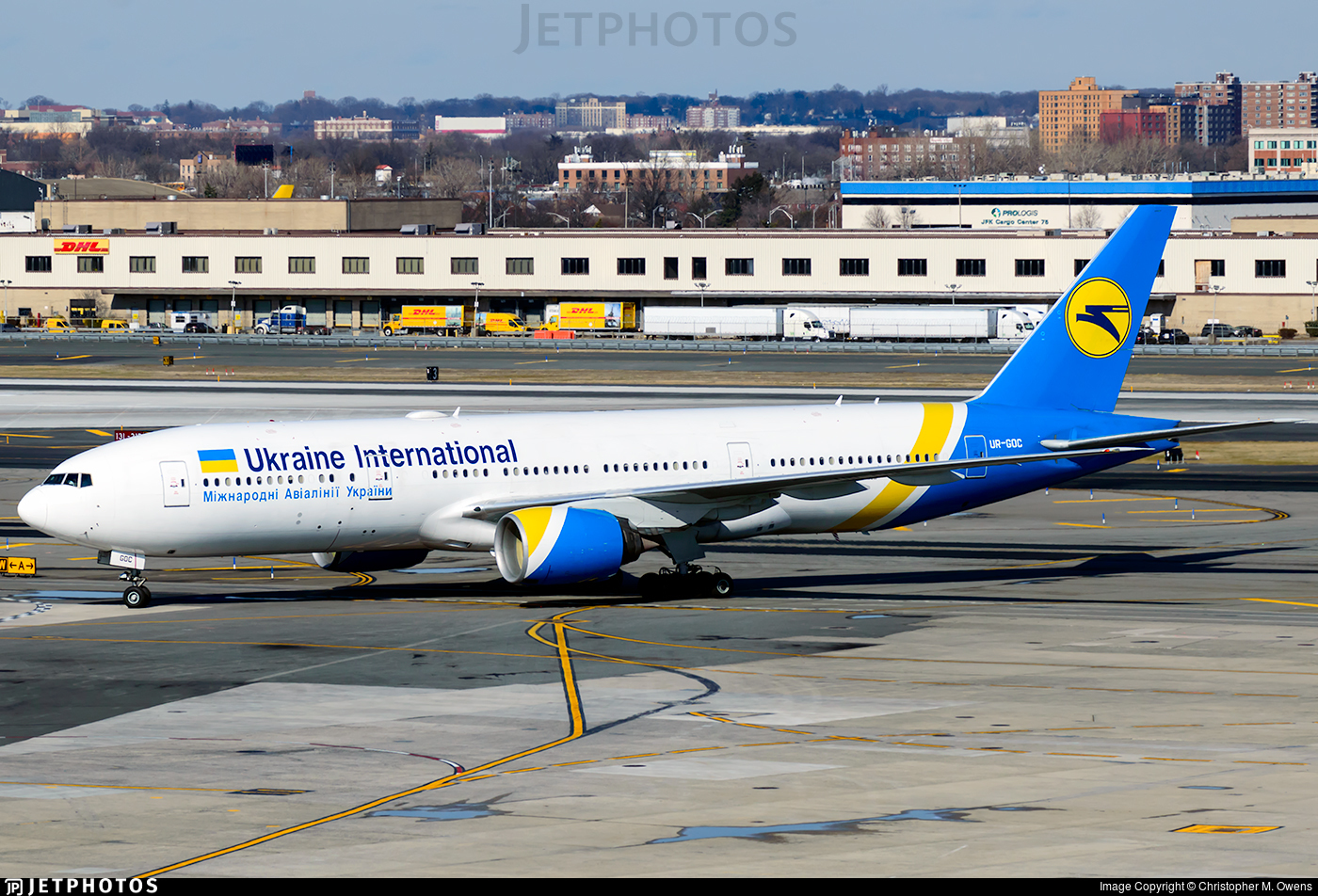 UR-GOC - Boeing 777-28E(ER) - Ukraine International Airlines