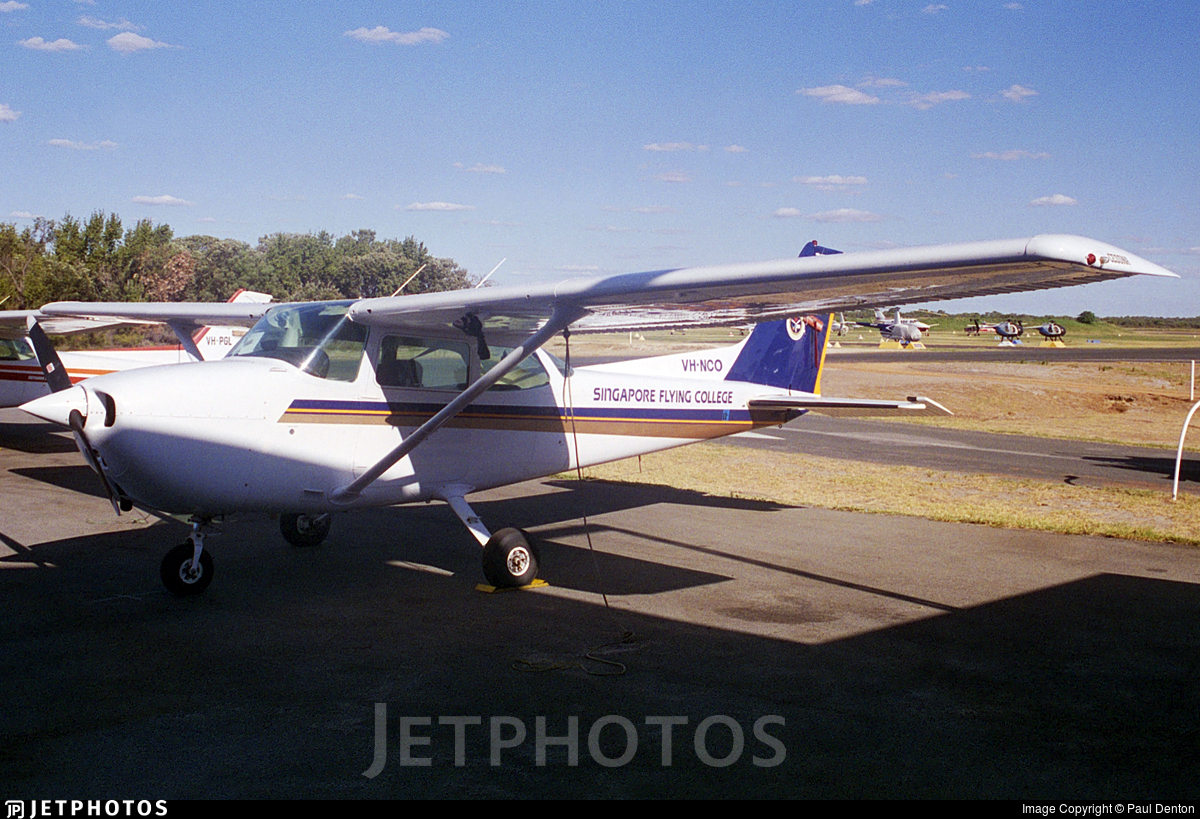 VH-NCO - Cessna 172P Skyhawk II - Singapore Flying College