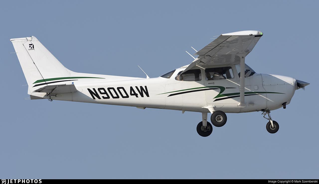 N9004W - Cessna 172S Skyhawk SP - Private