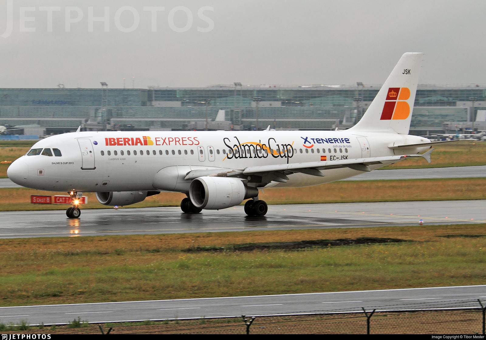 EC-JSK - Airbus A320-214 - Iberia Express