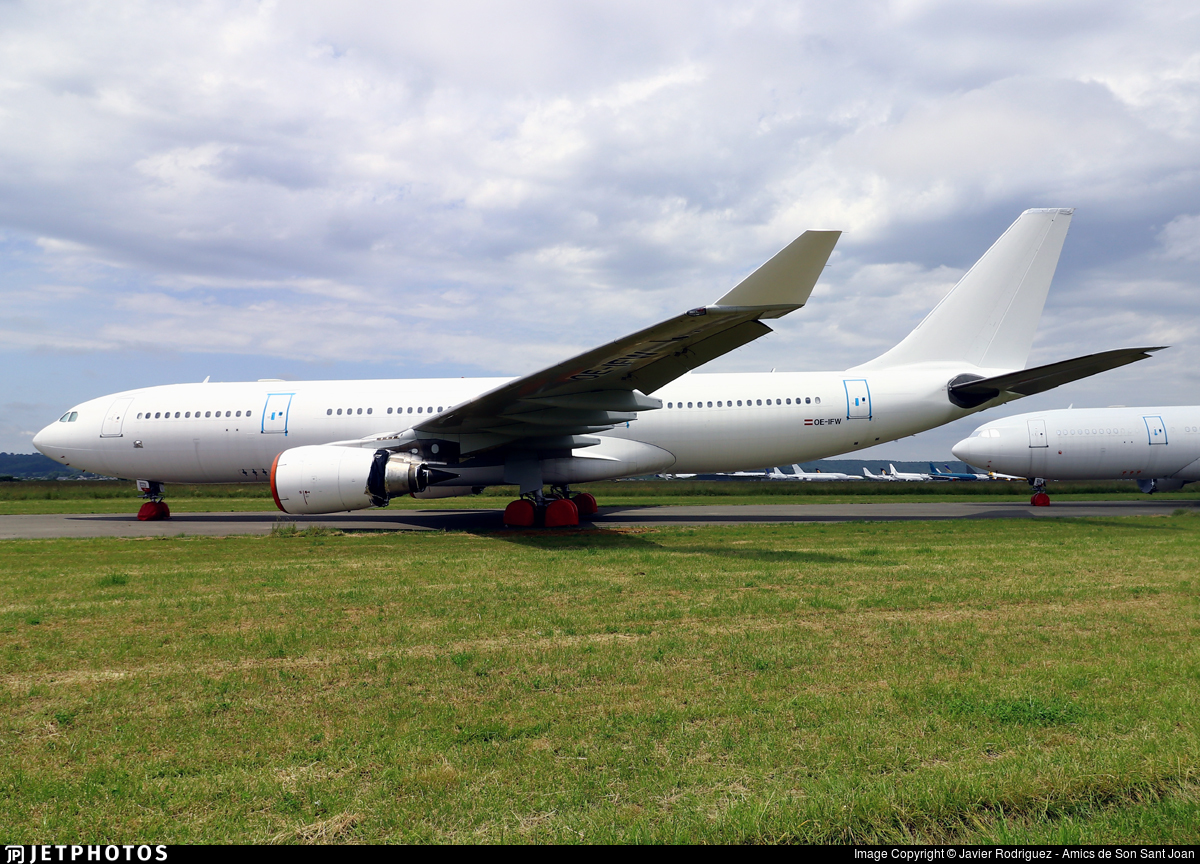OE-IFW - Airbus A330-203 - Untitled