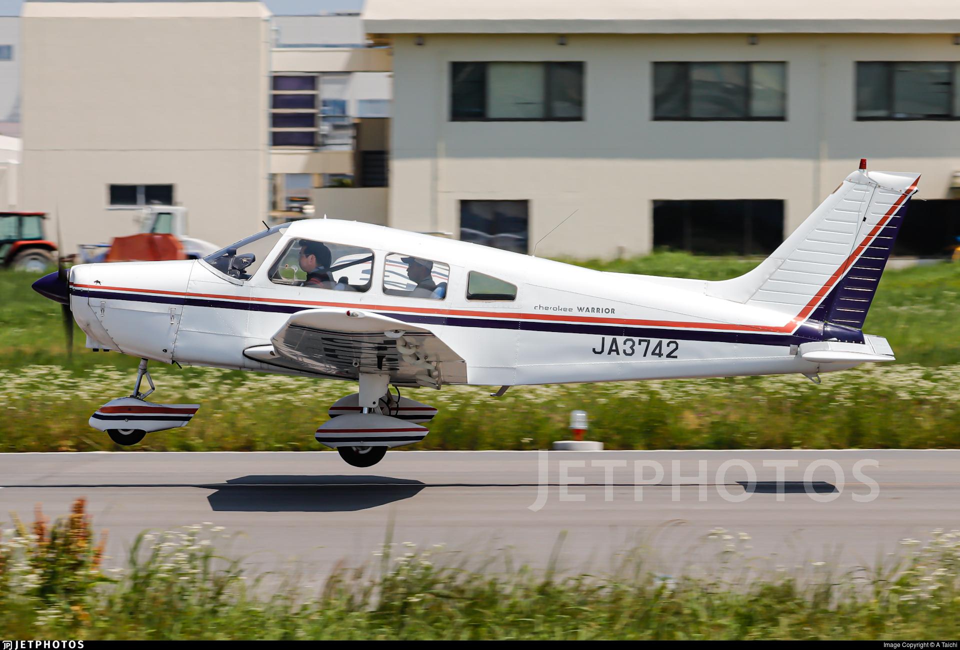 JA3742 - Piper PA-28-151 Cherokee Warrior - Private