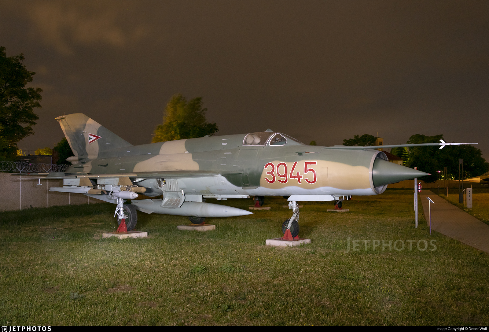3945 - Mikoyan-Gurevich MiG-21 Fishbed - Hungary - Air Force