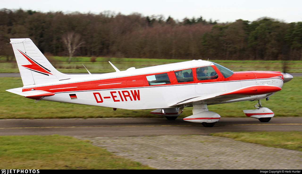 D-EIRW - Piper PA-32-300 Cherokee Six - Private