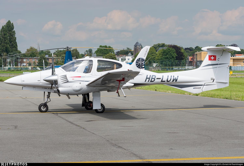 HB-LUW - Diamond DA-42 Twin Star - Private