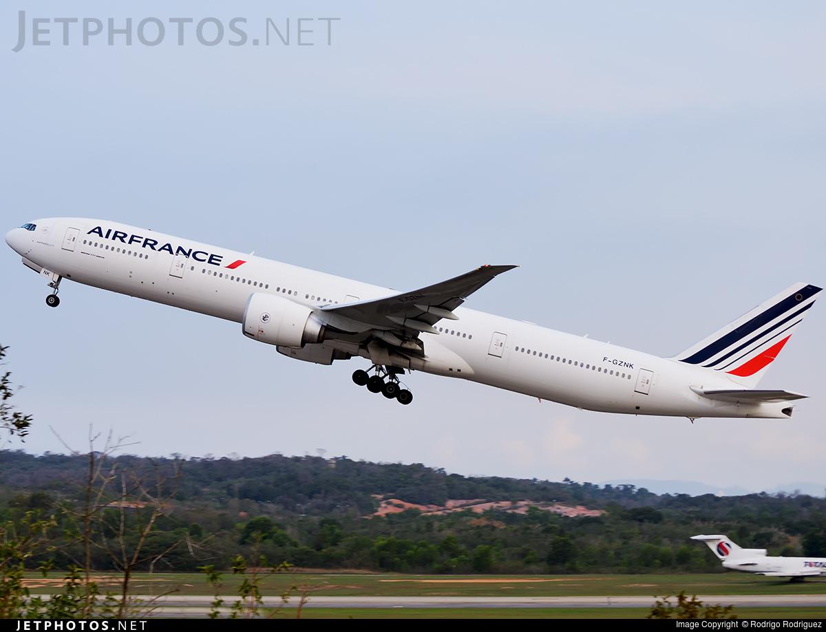 F-GZNK - Boeing 777-328ER - Air France