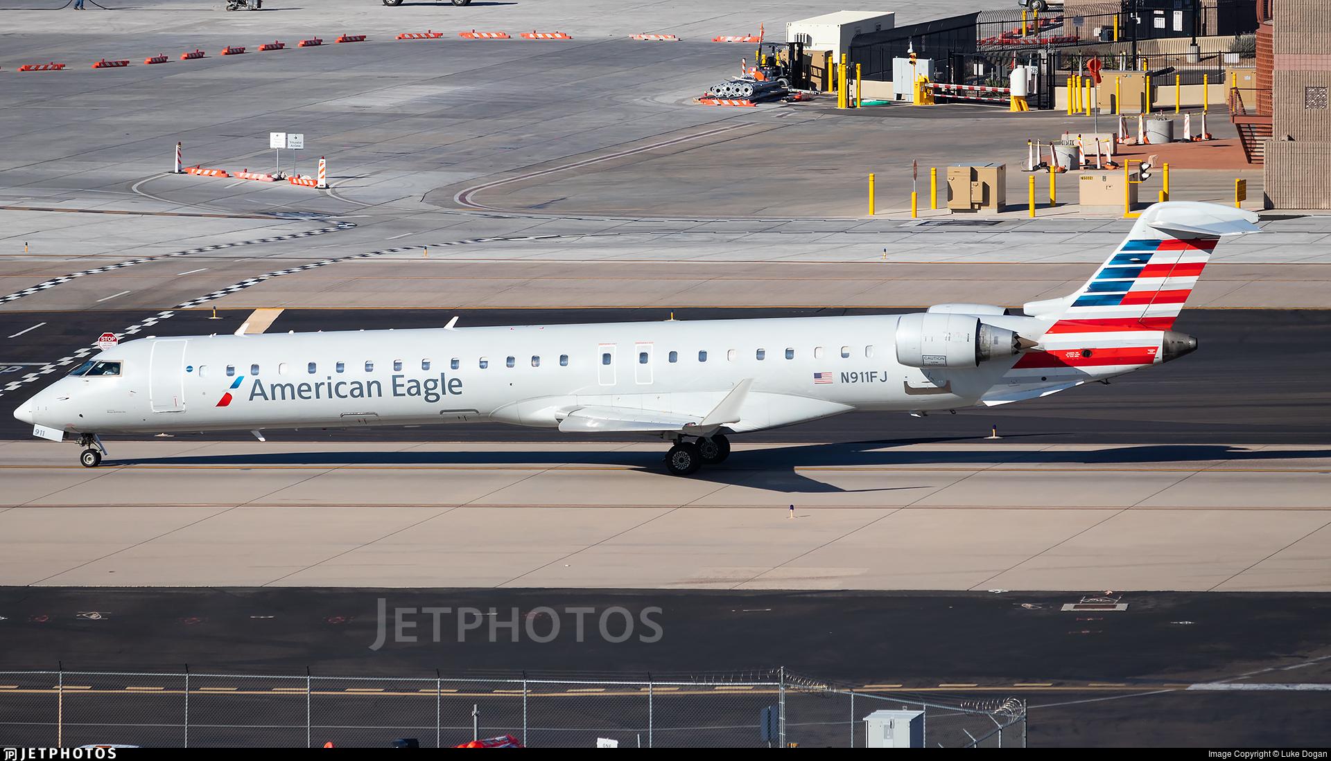 N911FJ - Bombardier CRJ-900ER - American Eagle (Mesa Airlines)