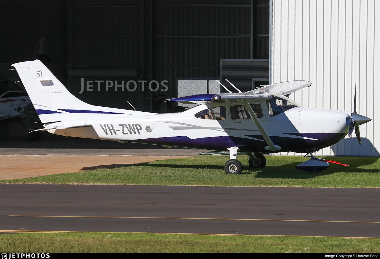 VH-ZWP - Cessna 182T Skylane - Private