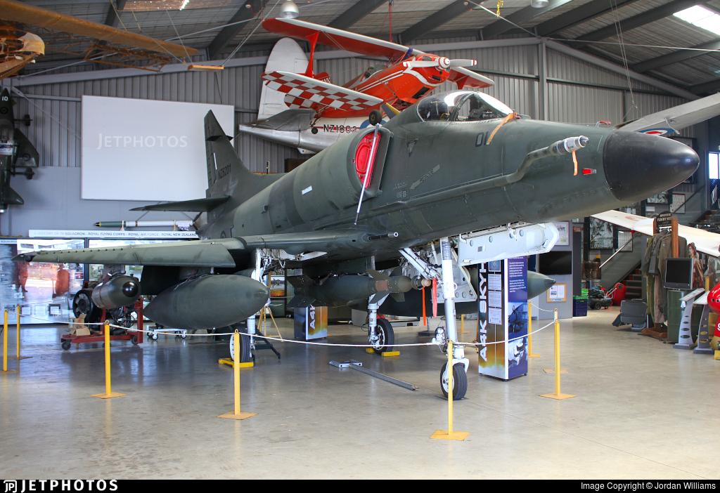 NZ6201 - McDonnell Douglas A-4K Skyhawk - New Zealand - Royal New Zealand Air Force (RNZAF)