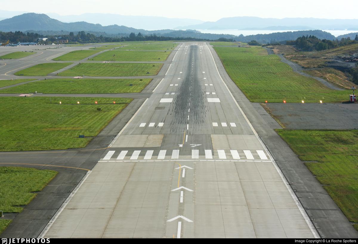 ENBR | Airport | Runway | La Roche Spotters | JetPhotos