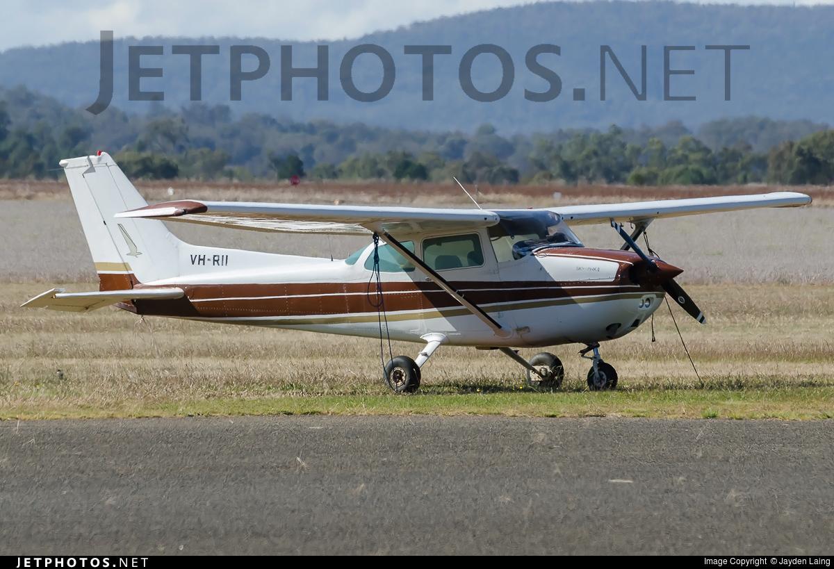 VH-RII - Cessna 172N Skyhawk - Private