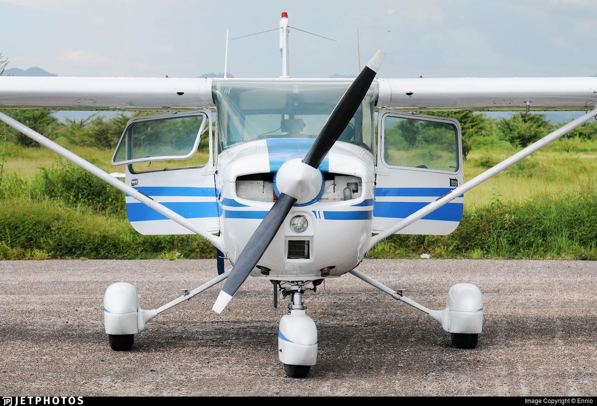 HR-AUY - Cessna 150M - Private