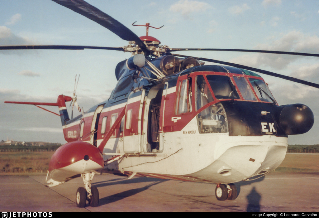 PT-YEK - Sikorsky S-61N - Aeroleo