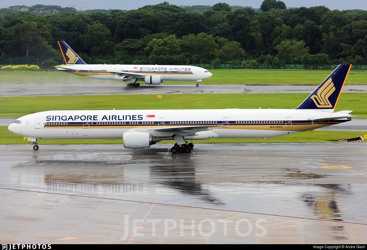 9V-SYL - Boeing 777-312 - Singapore Airlines