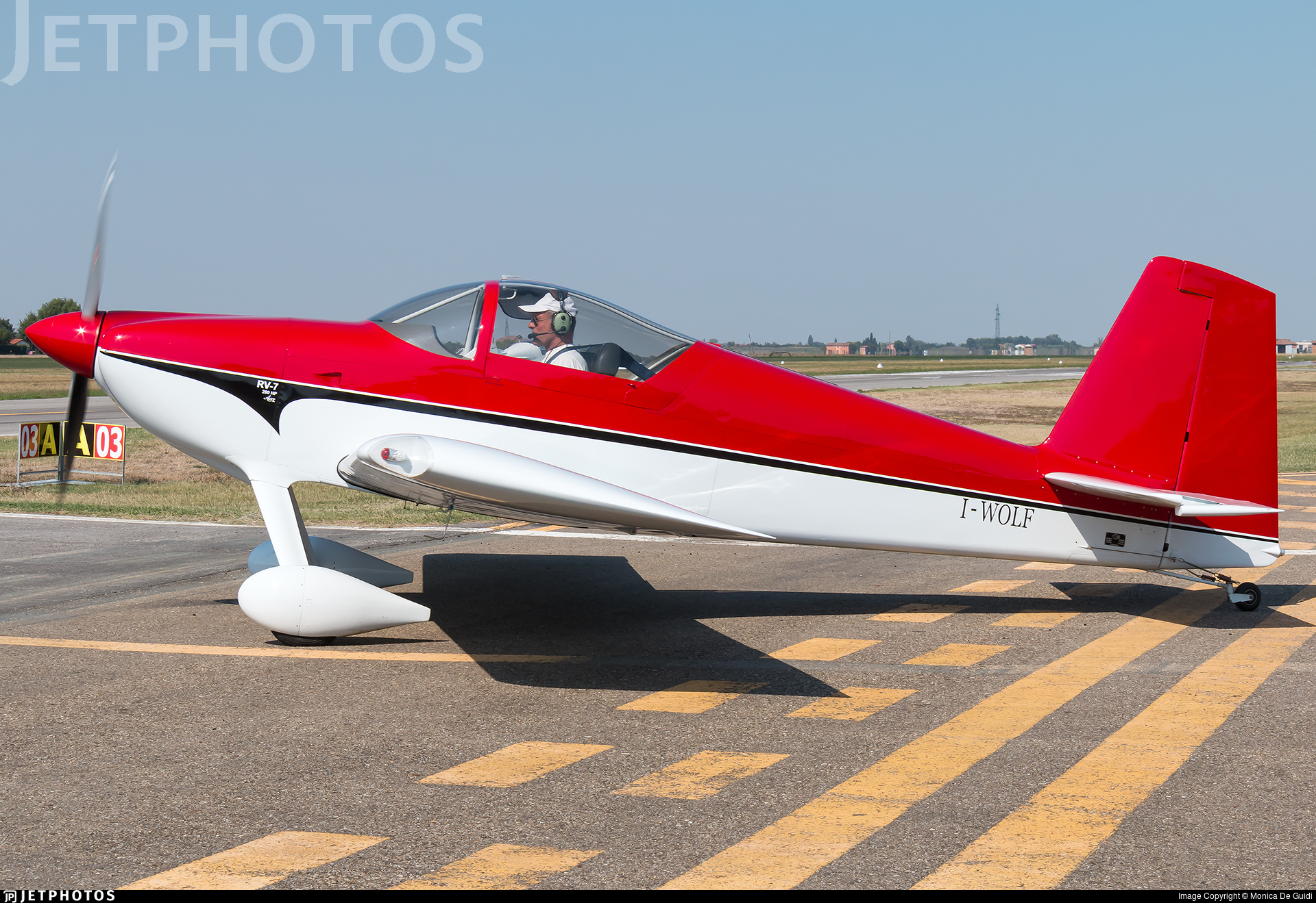 I-WOLF - Vans RV-7 - Private