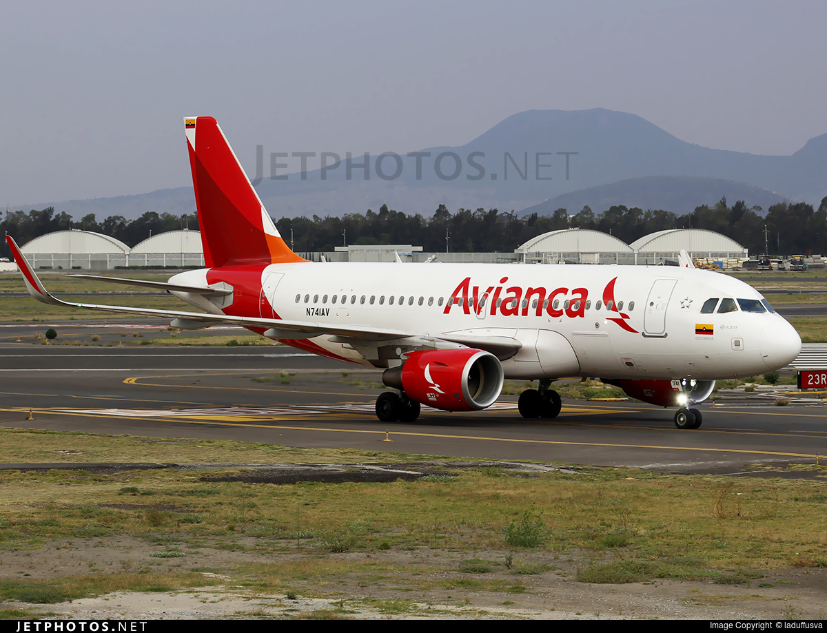 N741AV - Airbus A319-115 - Avianca