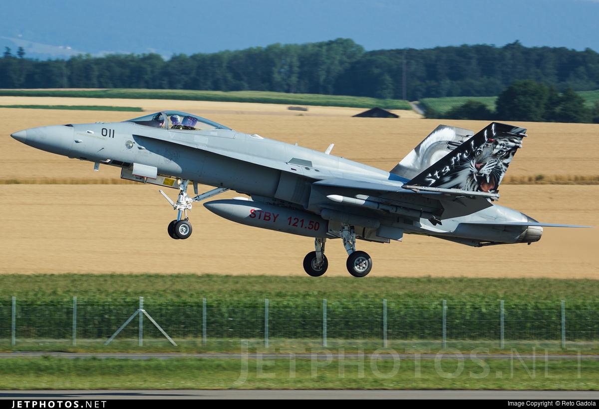 J-5011 - McDonnell Douglas F/A-18C Hornet - Switzerland - Air Force