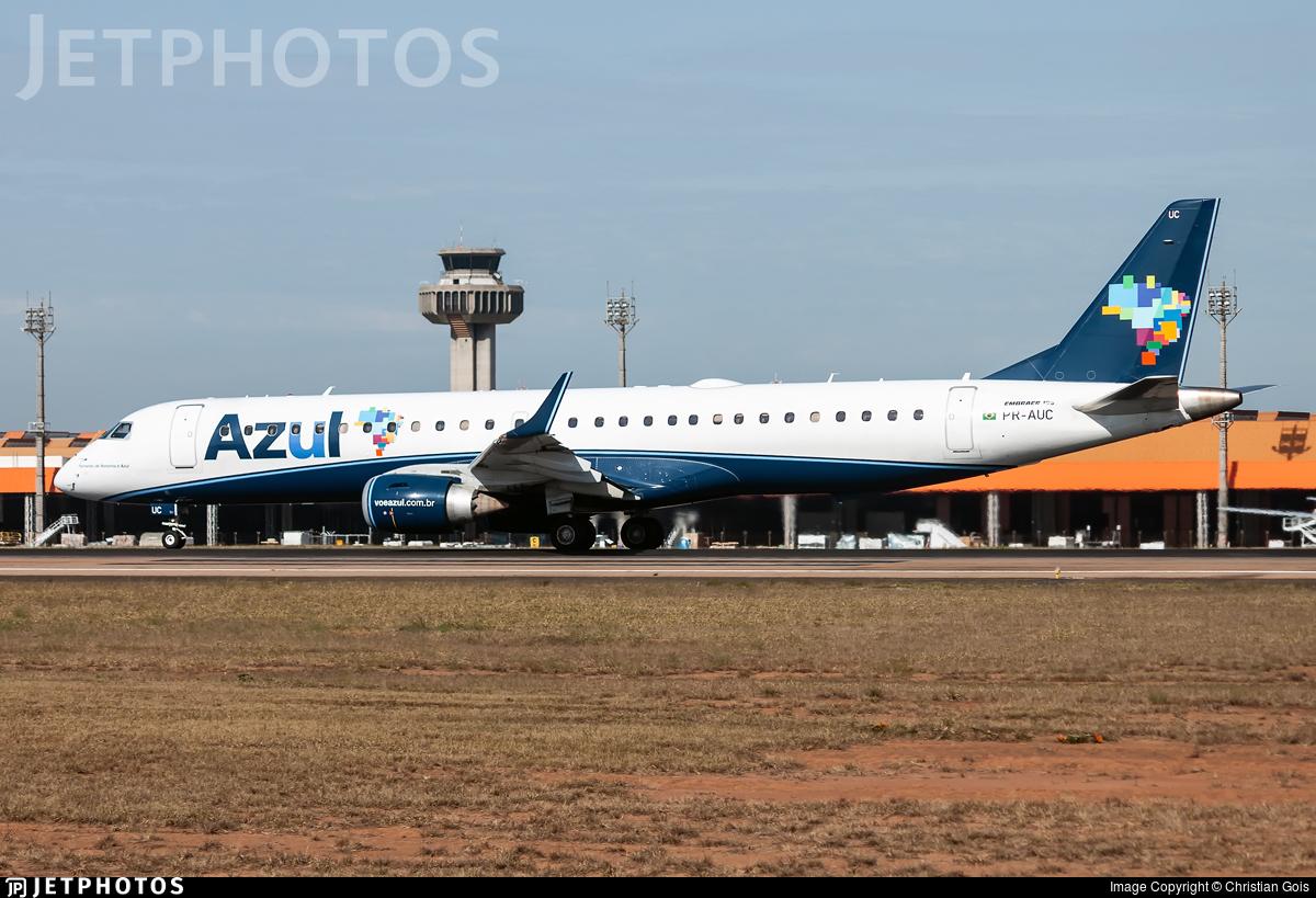 PR-AUC - Embraer 190-200IGW - Azul Linhas Aéreas Brasileiras