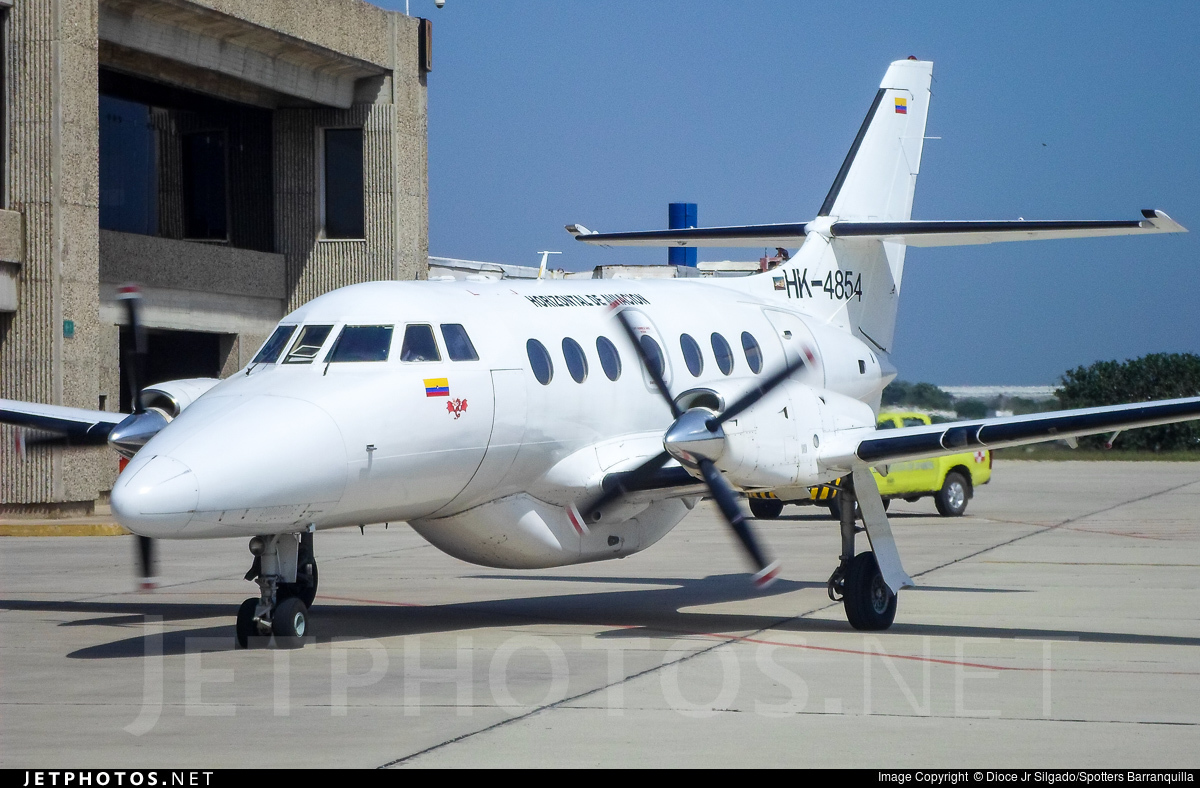 HK-4854 - British Aerospace Jetstream 32 - Vertical de Aviación