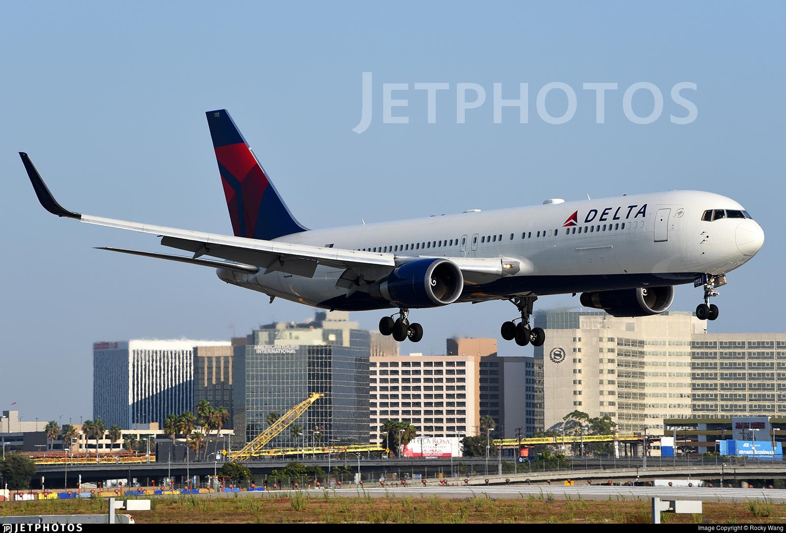N173DZ - Boeing 767-332(ER) - Delta Air Lines