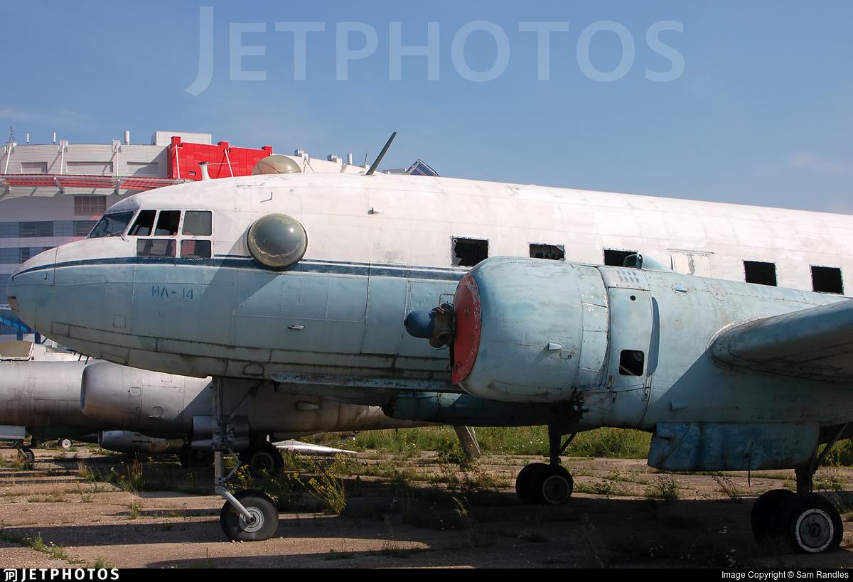 08 - Ilyushin IL-14 - Russia - Air Force