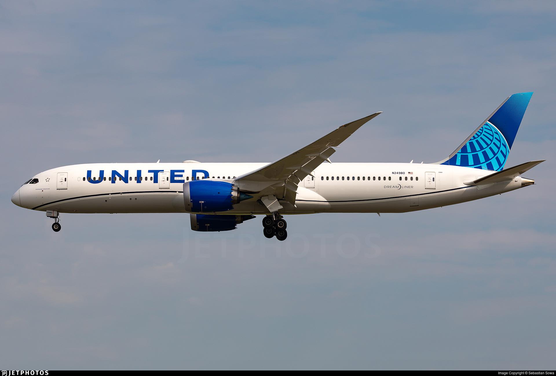 N24980 - Boeing 787-9 Dreamliner - United Airlines