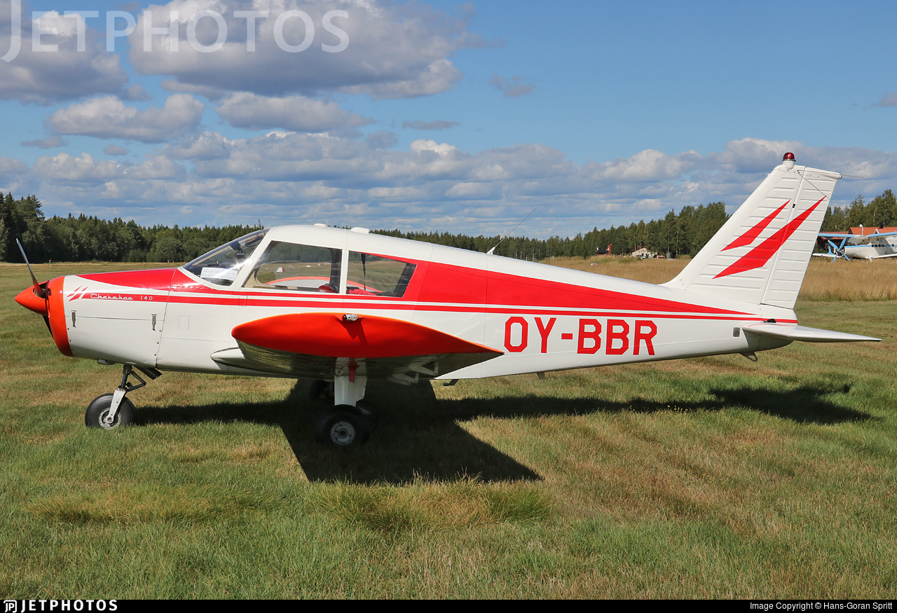 OY-BBR - Piper PA-28-140 Cherokee - Private