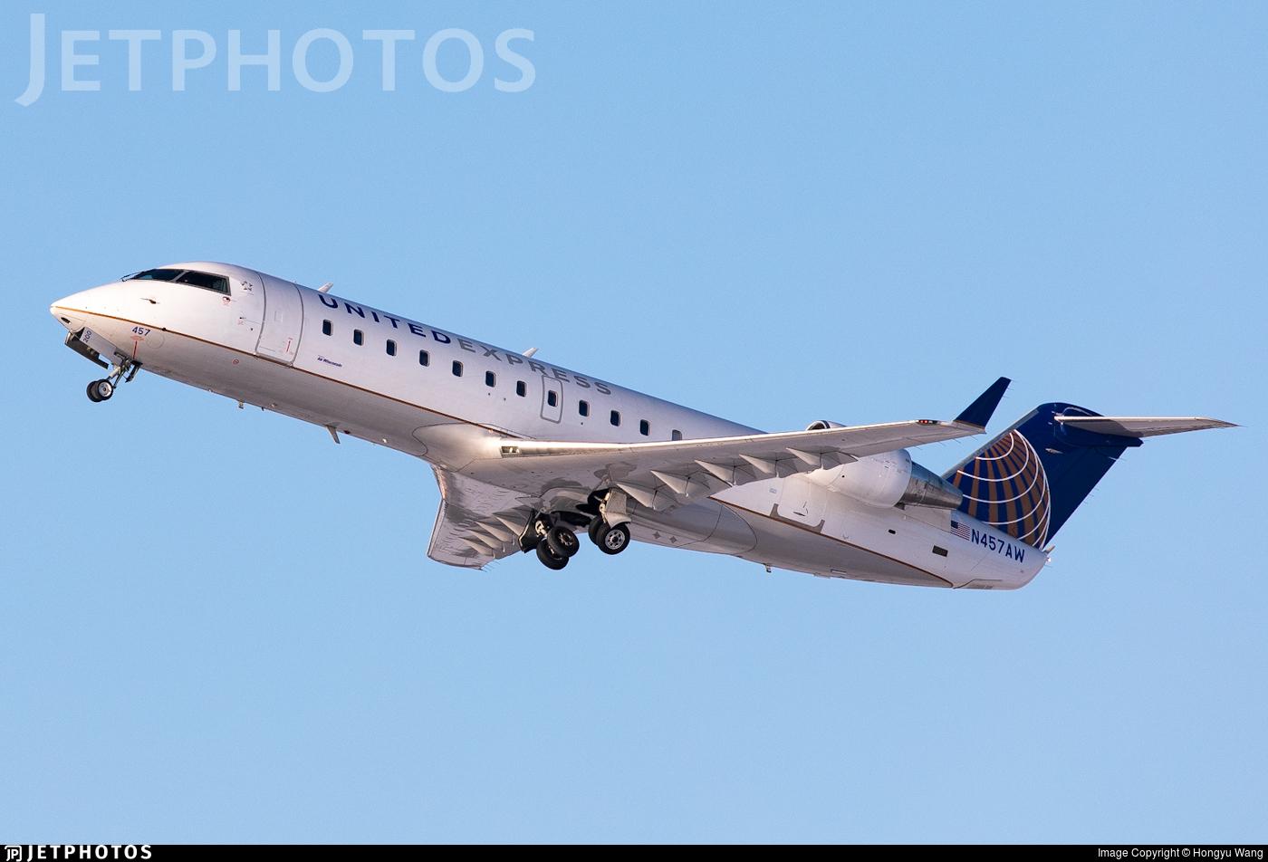 N457AW - Bombardier CRJ-200LR - United Express (Air Wisconsin)