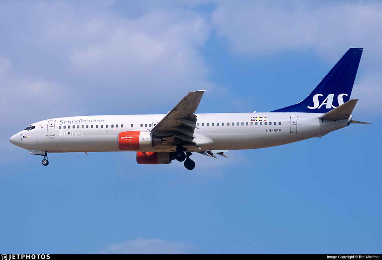 LN-RPP - Boeing 737-883 - Scandinavian Airlines (SAS)