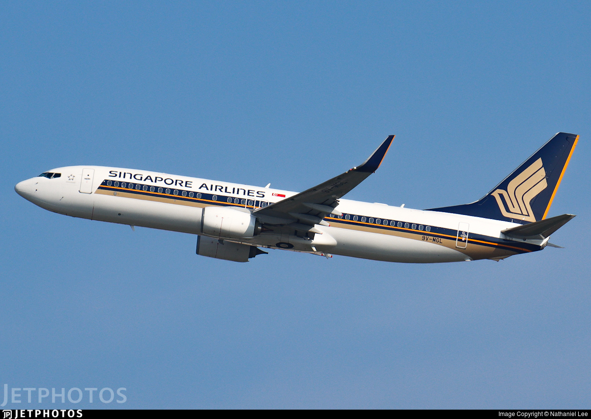9V-MGL - Boeing 737-8SA - Singapore Airlines